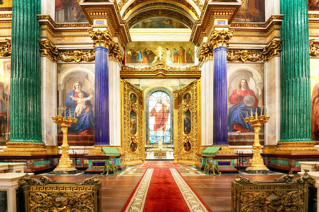 Interior of Isaac cathedral