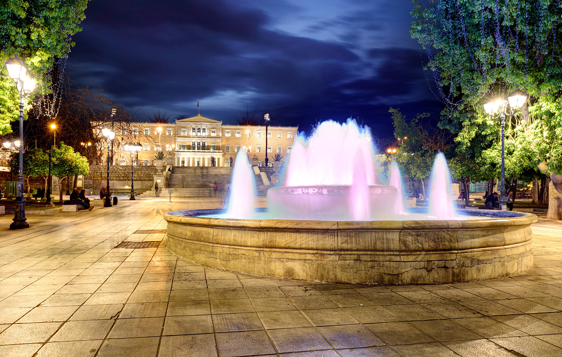 Syntagma square with fountain