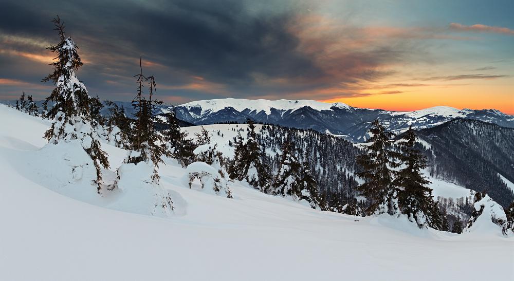 Výsledok vyhľadávania obrázkov pre dopyt velka fatra v zime
